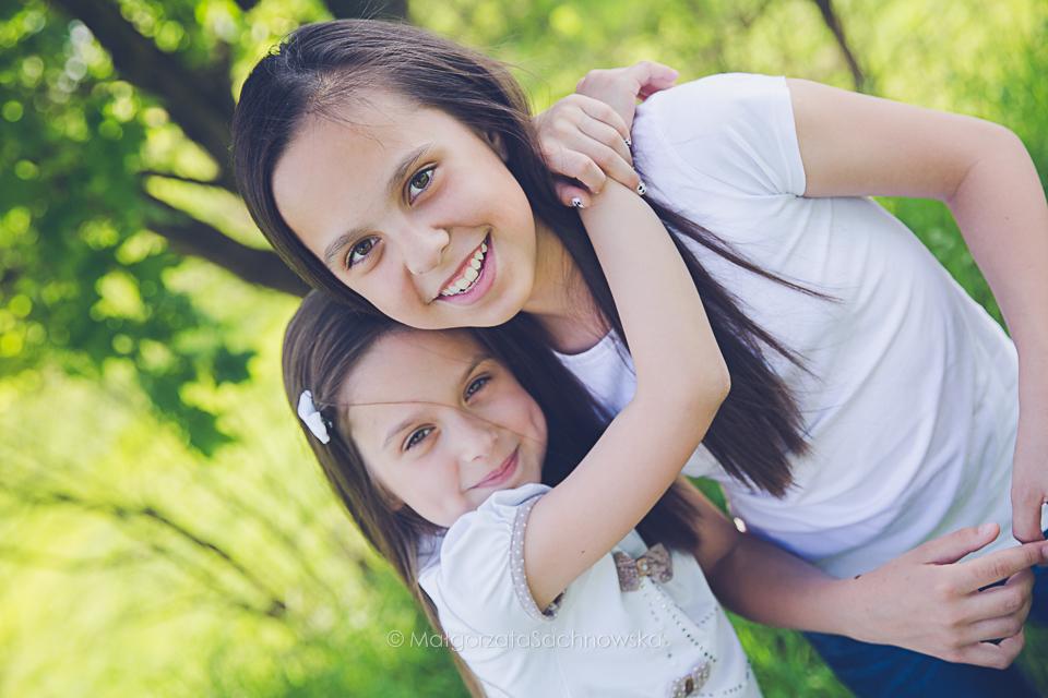 Siostry Ola&Julia / Plenerowa sesja dziecięca