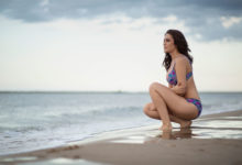 Kobieca sesja na plaży / Sesja plenerowa / Gdańsk / Sesja nad morzem